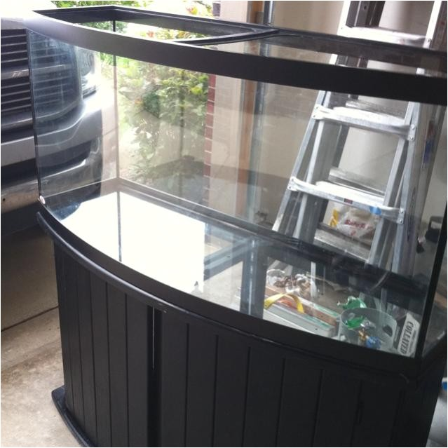 72 gallon bowfront aga w stand 9904
