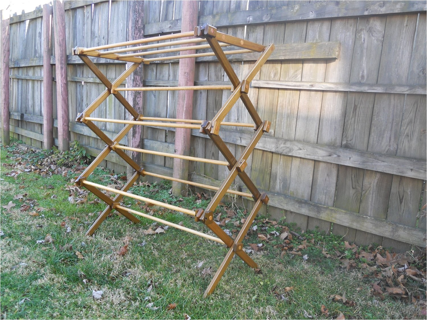 wooden clothes drying rack plans