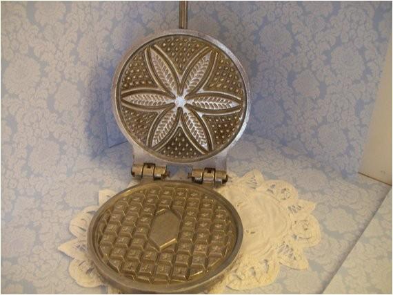 sale pizzelle cast iron cookie maker