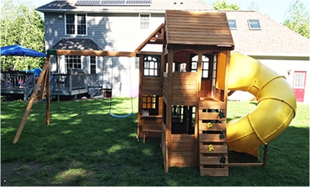 cedar summit kingsbridge swing set installation uxbridge ma