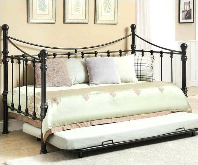 quinn metal twin daybed with trundle image of modern daybed with pop up trundle quinn metal twin daybed with trundle reviews