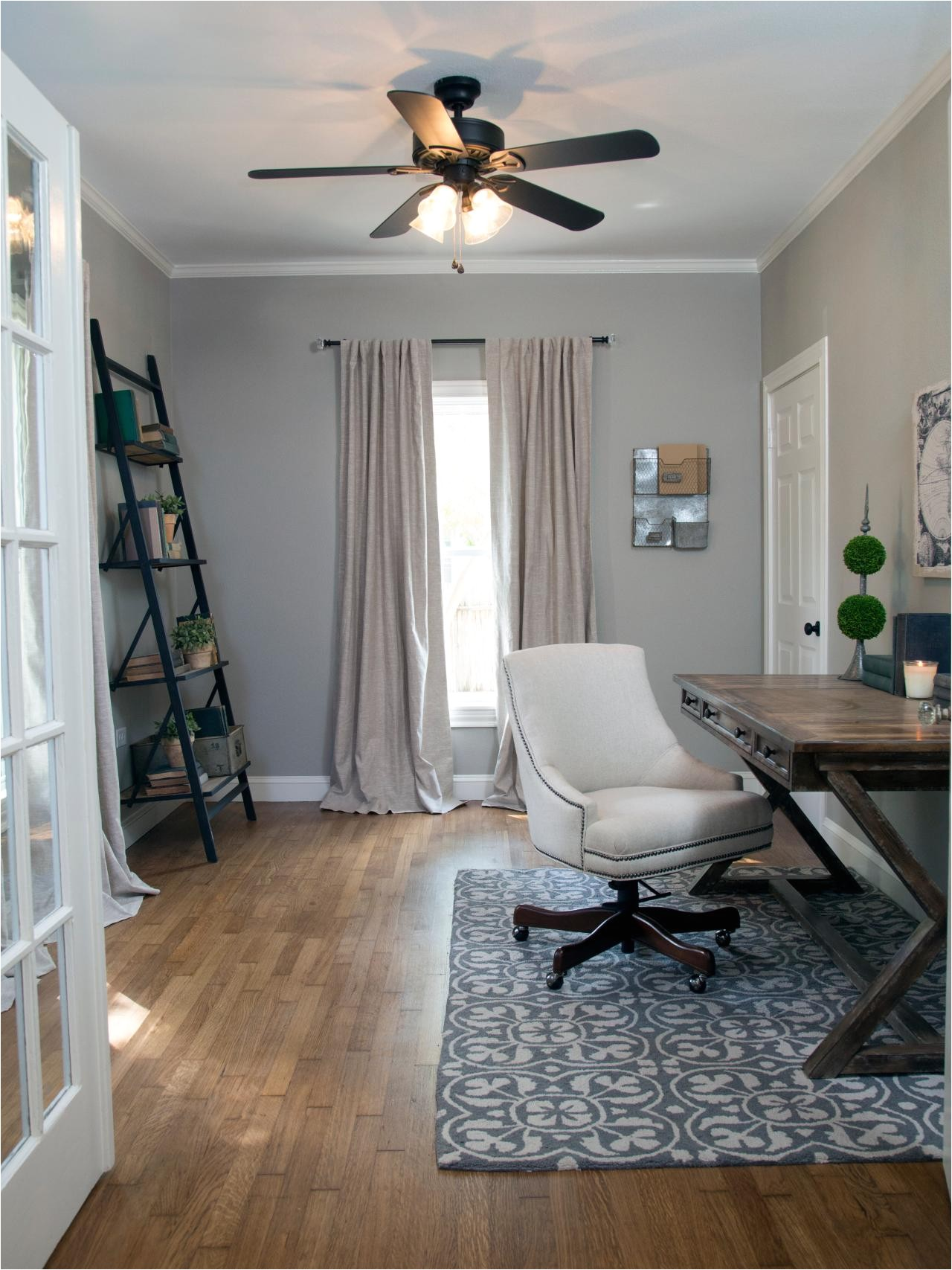 Joanna Gaines Fixer Upper Ceiling Fans Photos Hgtv 39 S Fixer Upper with Chip and Joanna Gaines Hgtv