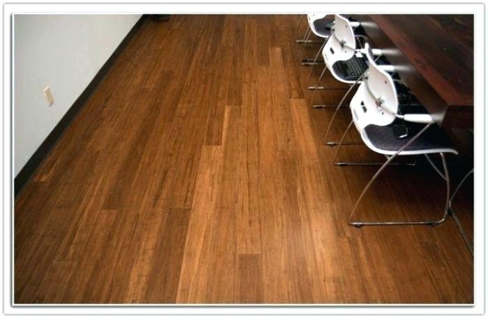 hardwood versus laminate flooring dogs