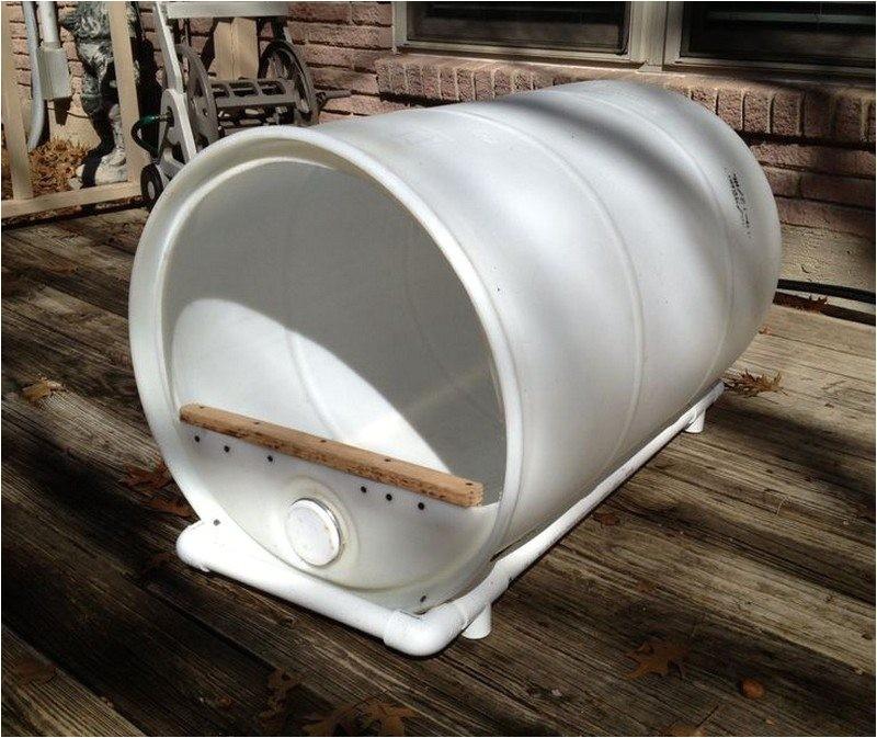 Plastic Barrel Dog House Nine Ingenius Ways to Upcycle Those Empty Plastic Barrels