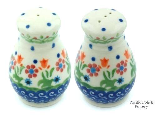 polish pottery salt and pepper shakers polish pottery salt pepper shakers violet blue image 1 polish pottery salt and pepper shakers