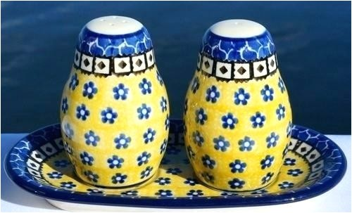 polish pottery salt and pepper shakers polish pottery salt pepper shakers violet blue image 1 polish pottery salt and pepper shakers