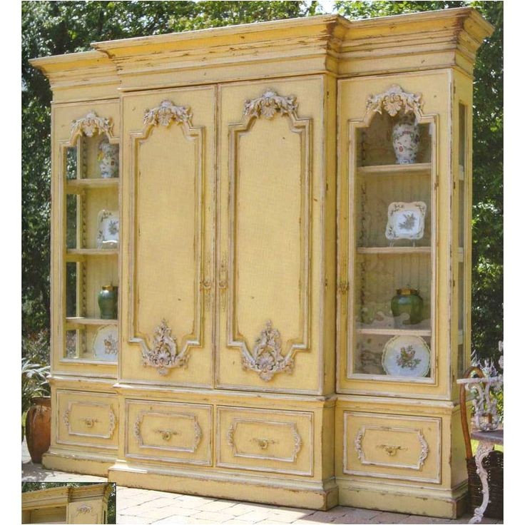 china cabinetsbookcases
