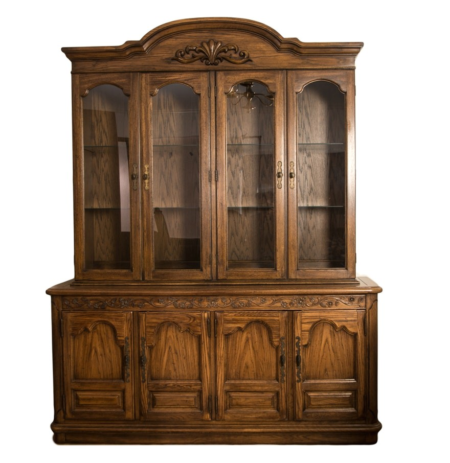 5978751 vintage thomasville china cabinet