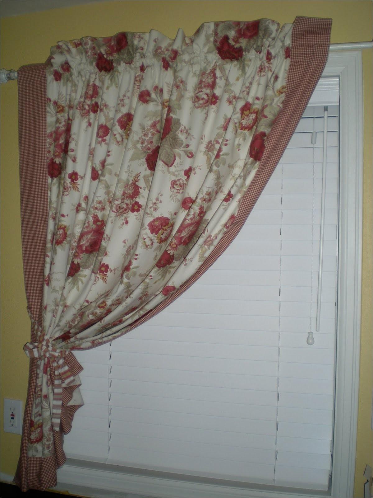 waverly tablecloth transformation
