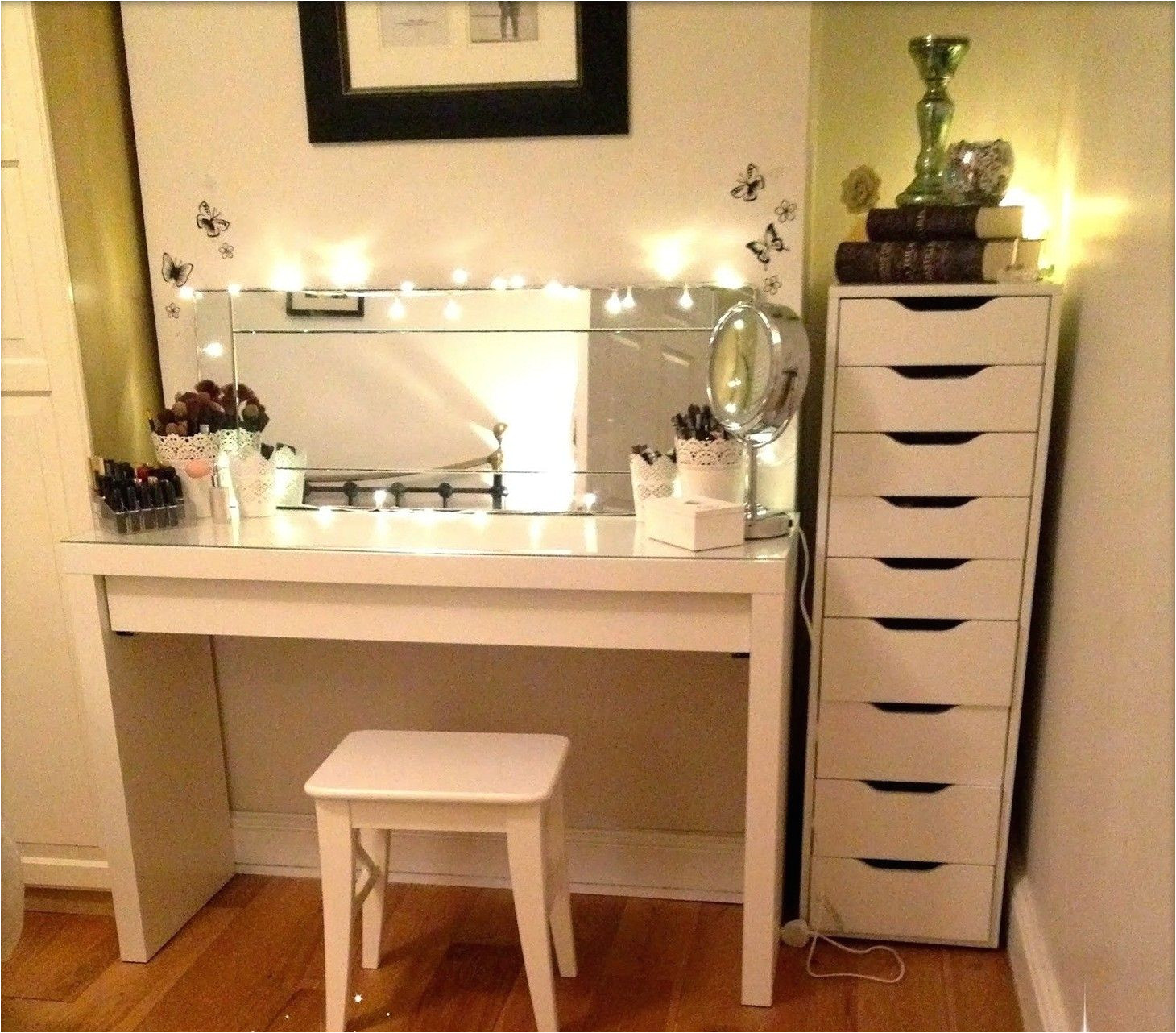 Ikea Vanity Table with Mirror and Bench Diy Corner Makeup Vanity Images Home Ideas A O Pinterest