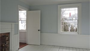 Benjamin Moore Portland Gray for Another Bedroom the Walls are Painted Benjamin Moore Gray Sky