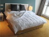 Fluffiest Down Alternative Comforters 79 Off On Amor Amore White soft Fluffy Reversible Down