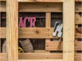Pallet Picture Frame Ideas Diy Wooden Pallet Picture Frame 101 Pallets