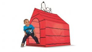Peanuts Snoopy Dog House Tent Snoopy Dog House Tent Our Must Haves for June Popsugar