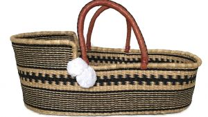 Plum and Sparrow Moses Basket the Fashion Magpie Plum and Sparrow Moses Basket Woven 2