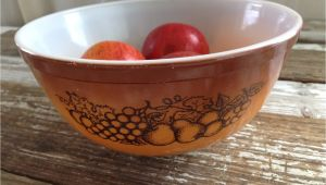 Pyrex Mixing Bowl Patterns Vintage Pyrex Old orchard Pattern Mixing Bowl 2 5 Qt