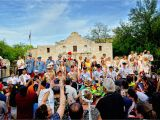 San Antonio Parade Of Homes 2019 Gold Unlimited Fiesta Fashion Colorful Bold ornate Looks