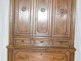 Vintage Thomasville Furniture History Vintage Thomasville Armoire Ebth